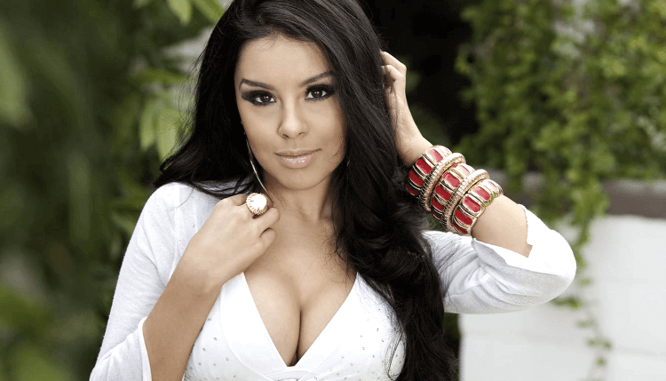 How to Make a Colombian Woman Fall in Love with You, 13 No-Fail Tips